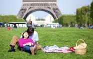 Париж плюс